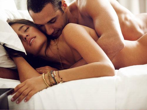 erotichnie-pozi-s-parnyami